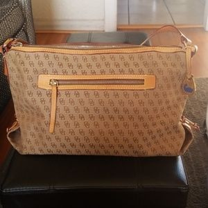 Dooney & Bourke beige/brown purse